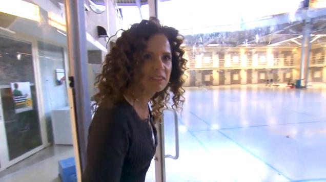 Moedig: Nicole Buch gaat confrontatie aan, Linda Nieuws januari 2017